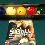 5 ball in de doos met folder
