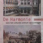 Boek over societeit de harmonie voorkant