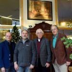 Vlnr.: voorzitter Henk Vegter, Flip Gaasendam, Jan van der Stok, Kees van der Stok.